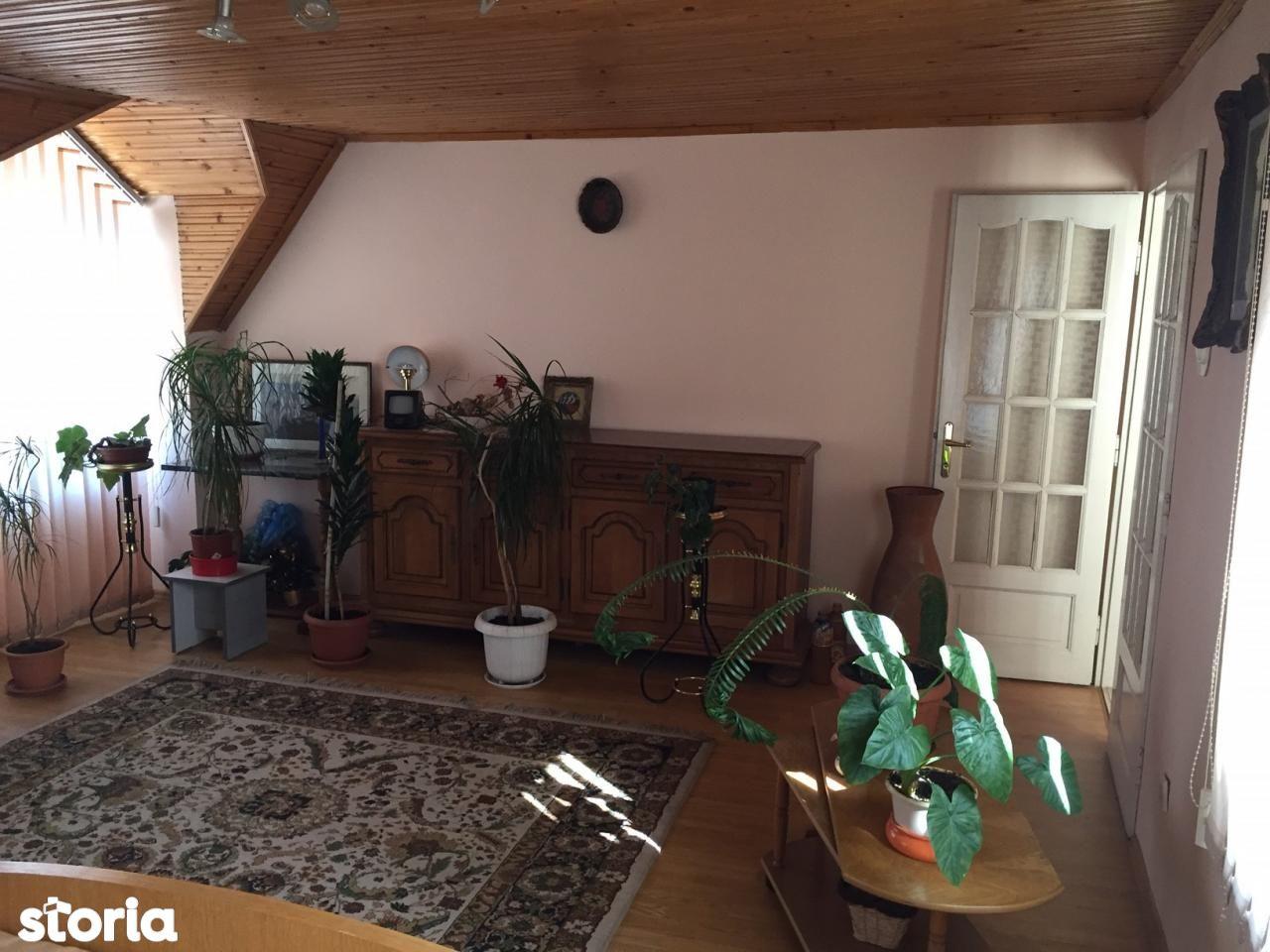 Casa de vanzare, Bihor (judet), Oradea - Foto 12