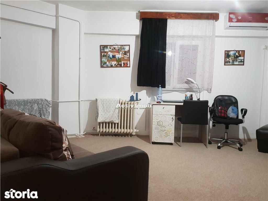 Apartament de vanzare, Timiș (judet), Strada 1 Decembrie - Foto 2