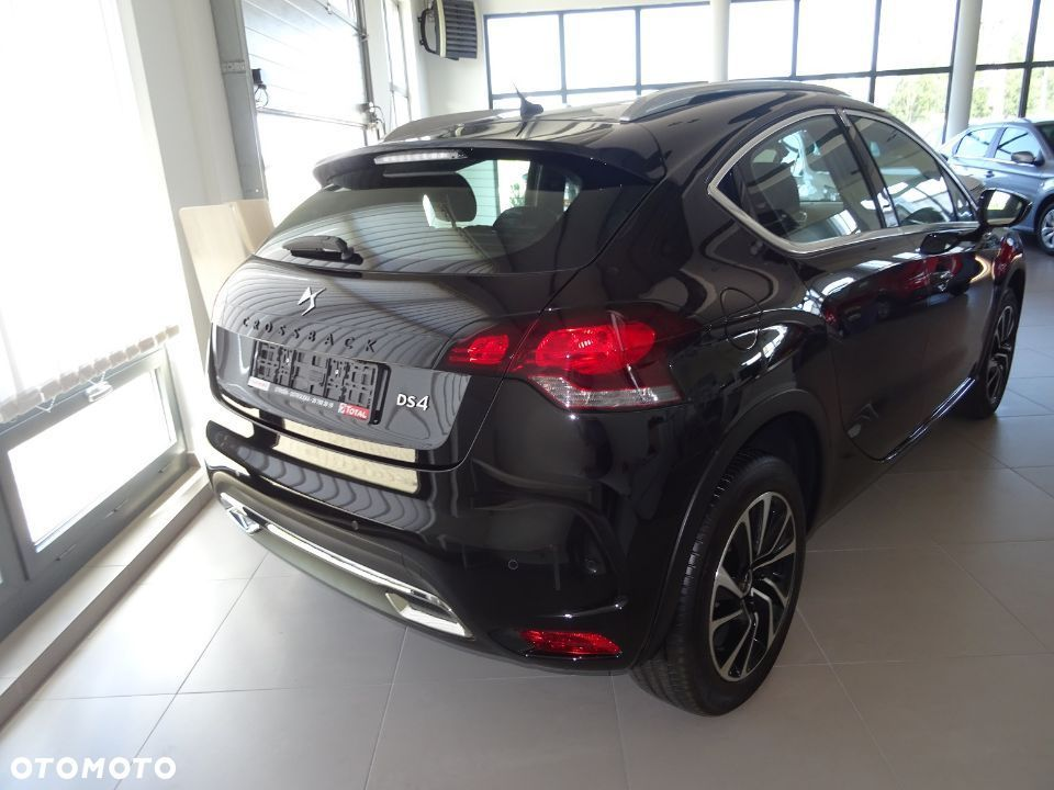 DS Automobiles DS 4 Crossback Auto Demo 1.6 Benzyna EAT6 AUTOMAT - 19