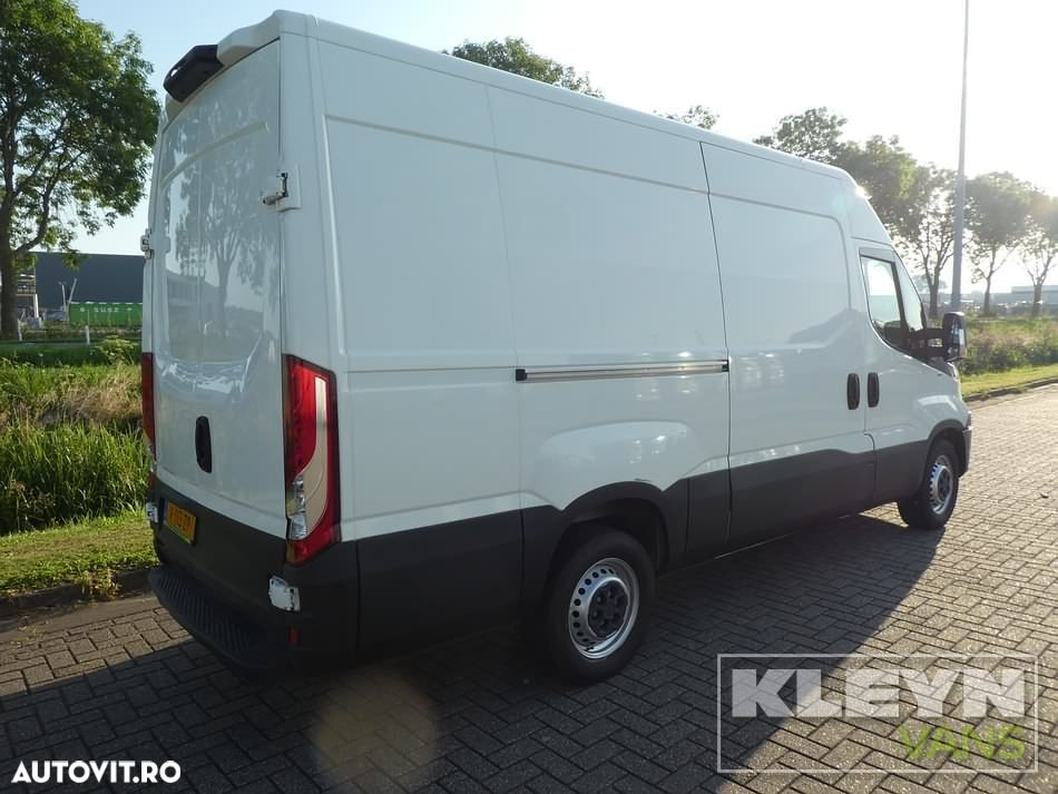 Iveco DAILY 35 S 110 L2H2 - 4