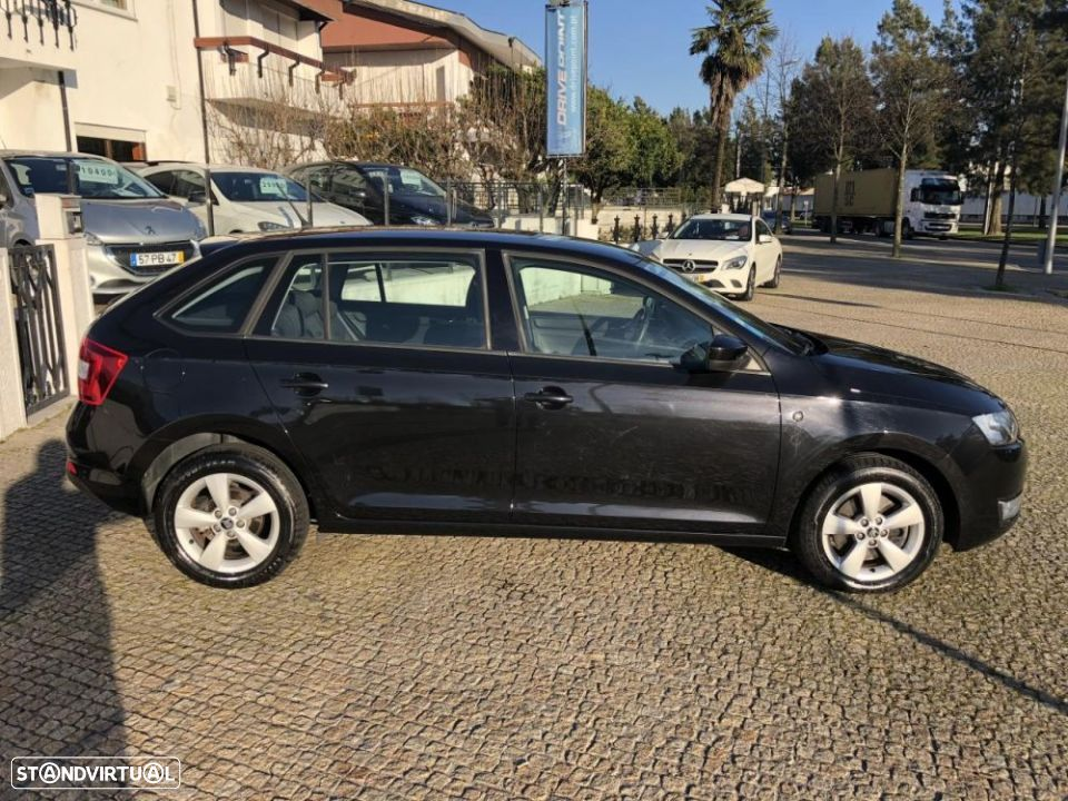 Skoda Rapid Spaceback 1.6 TDi Ambition - 8