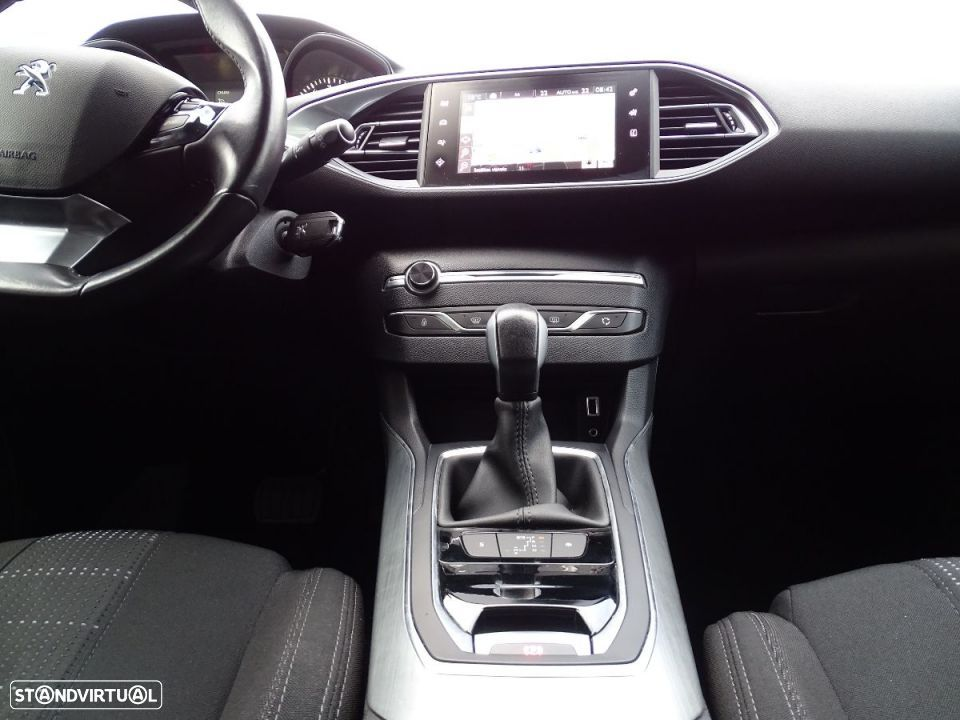 Peugeot 308 SW 1.6 Blue HDI Business Line - 31
