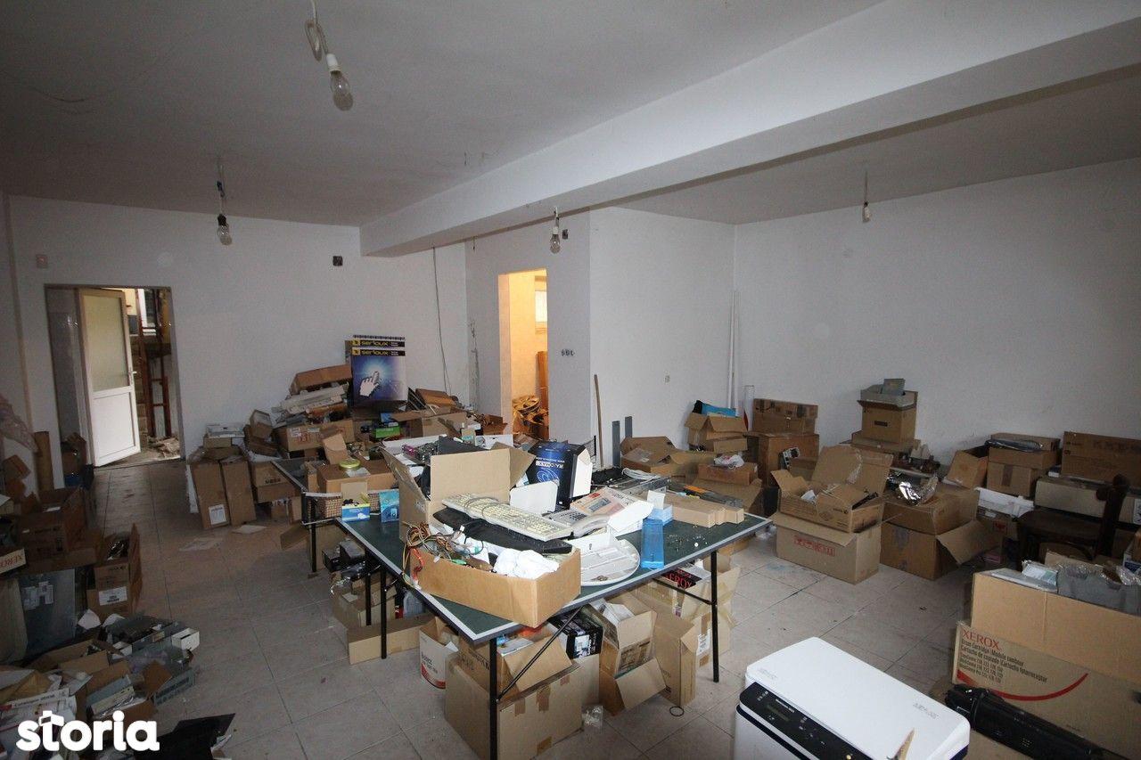 Birou de vanzare, Timiș (judet), Strada Cozia - Foto 14