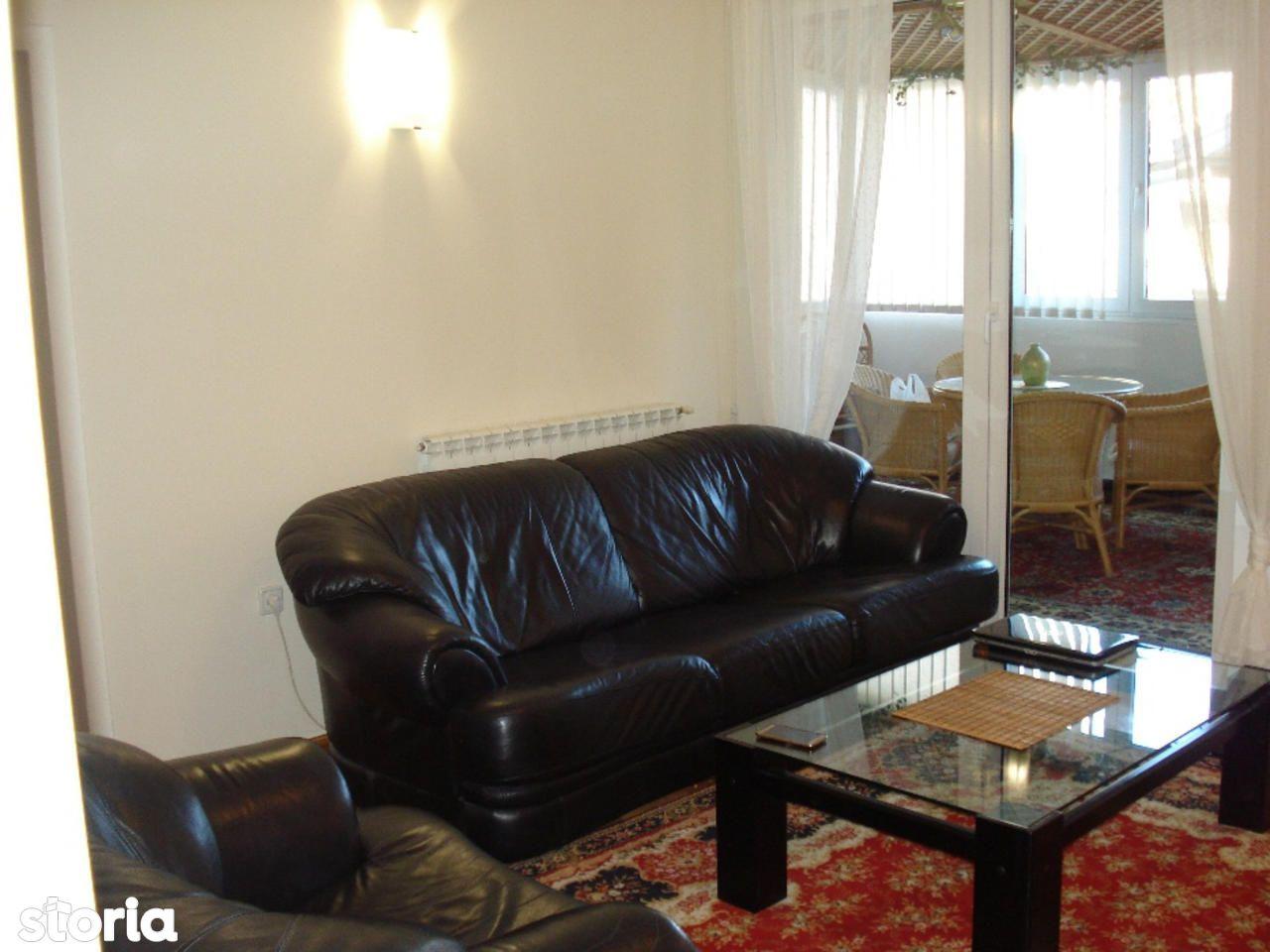 Apartament de vanzare, București (judet), Strada Platon - Foto 1