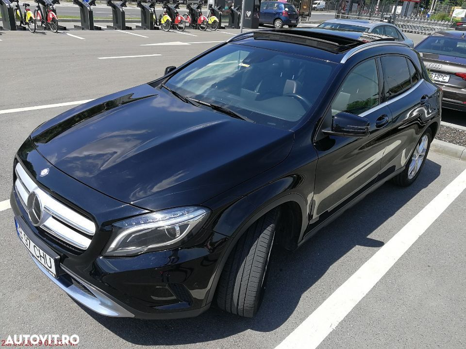 Mercedes-Benz GLA 220 - 3
