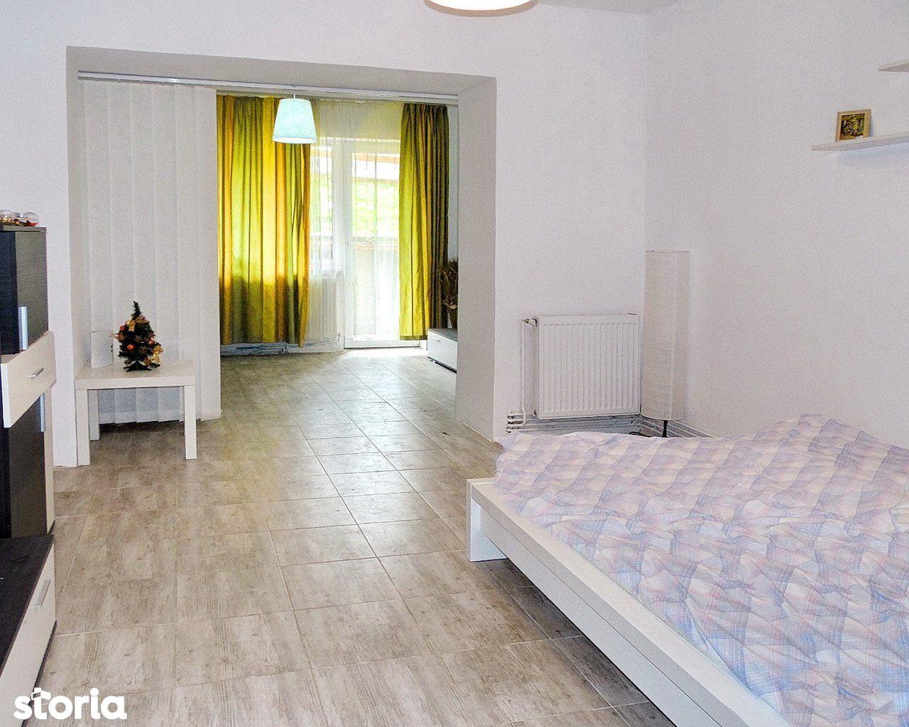 Apartament de vanzare, Brașov (judet), Strada Poiana lui Stechil - Foto 1