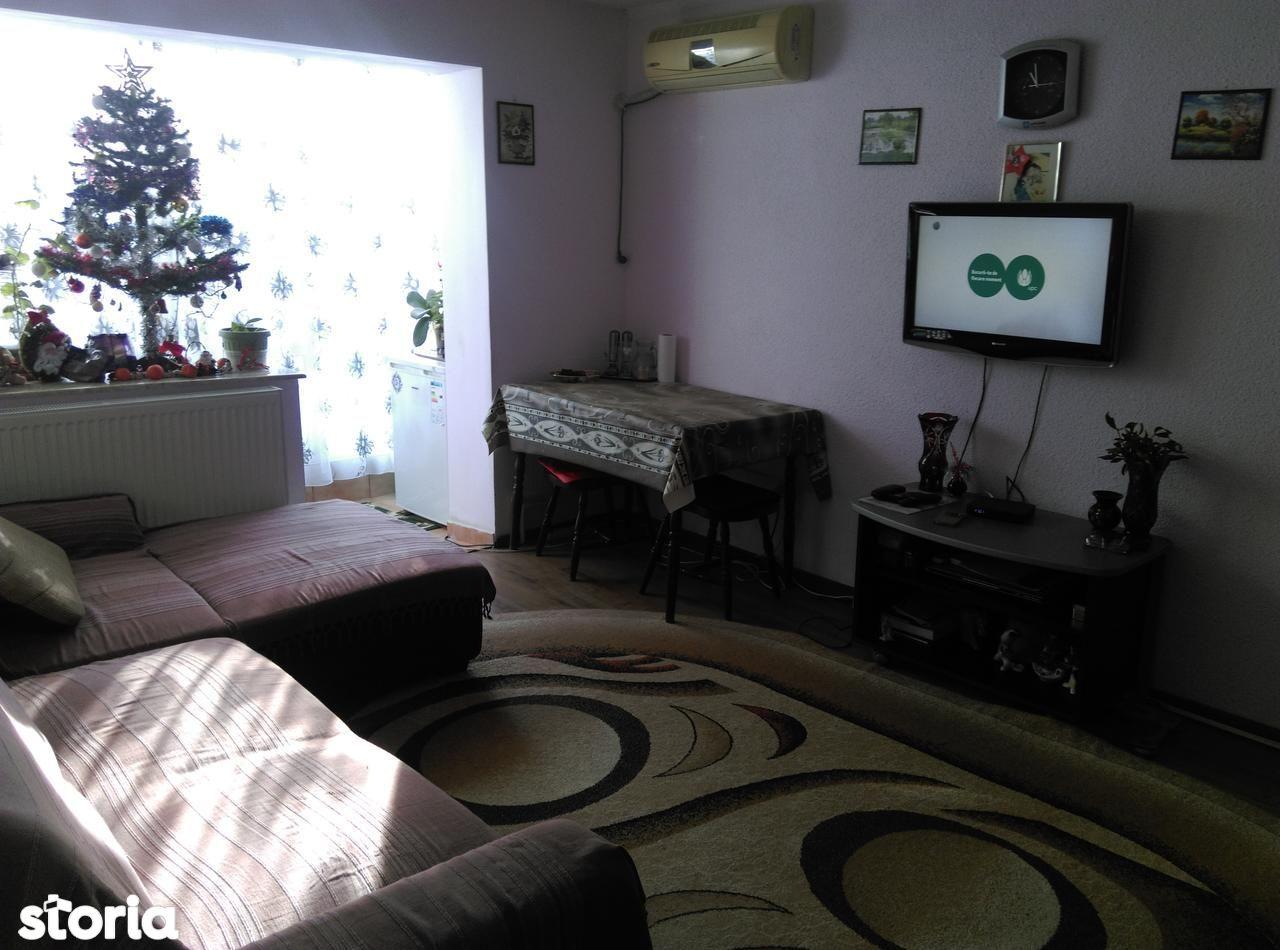 Apartament de vanzare, Constanța (judet), Strada Badea Cârțan - Foto 1