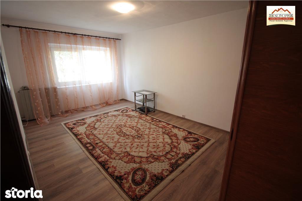 Apartament de vanzare, Olt (judet), Bulevardul Alexandru Ioan Cuza - Foto 1