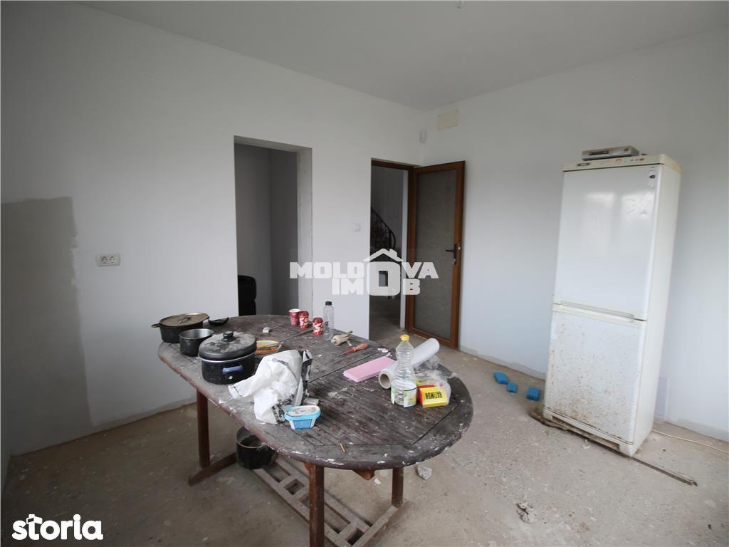 Casa de vanzare, Bacău (judet), Strada Răsboieni - Foto 11