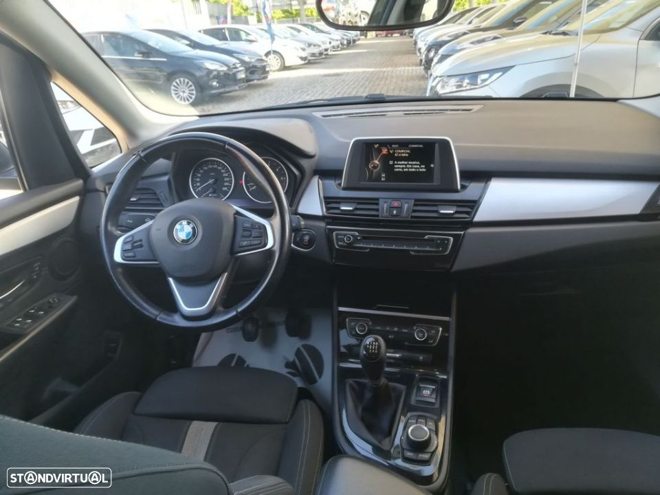BMW 216 Active Tourer d - 11