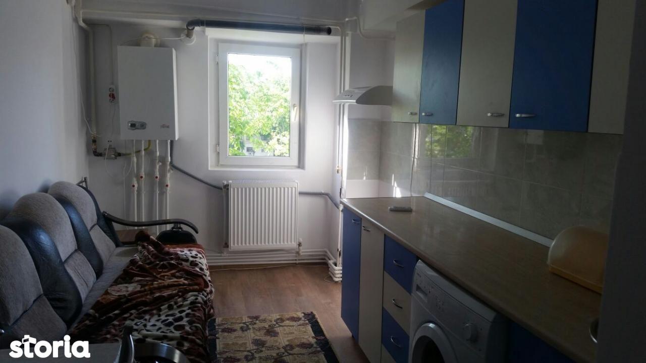 Apartament de vanzare, Galați (judet), Micro 39A - Foto 4