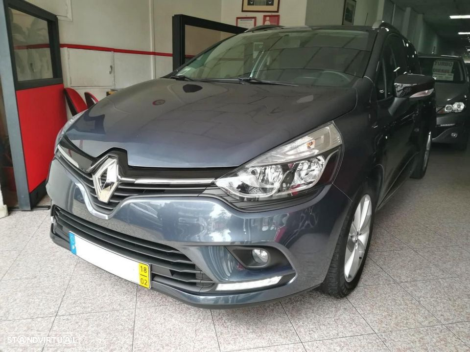 Renault Clio Sport Tourer 1.5 DCi Limited - 12