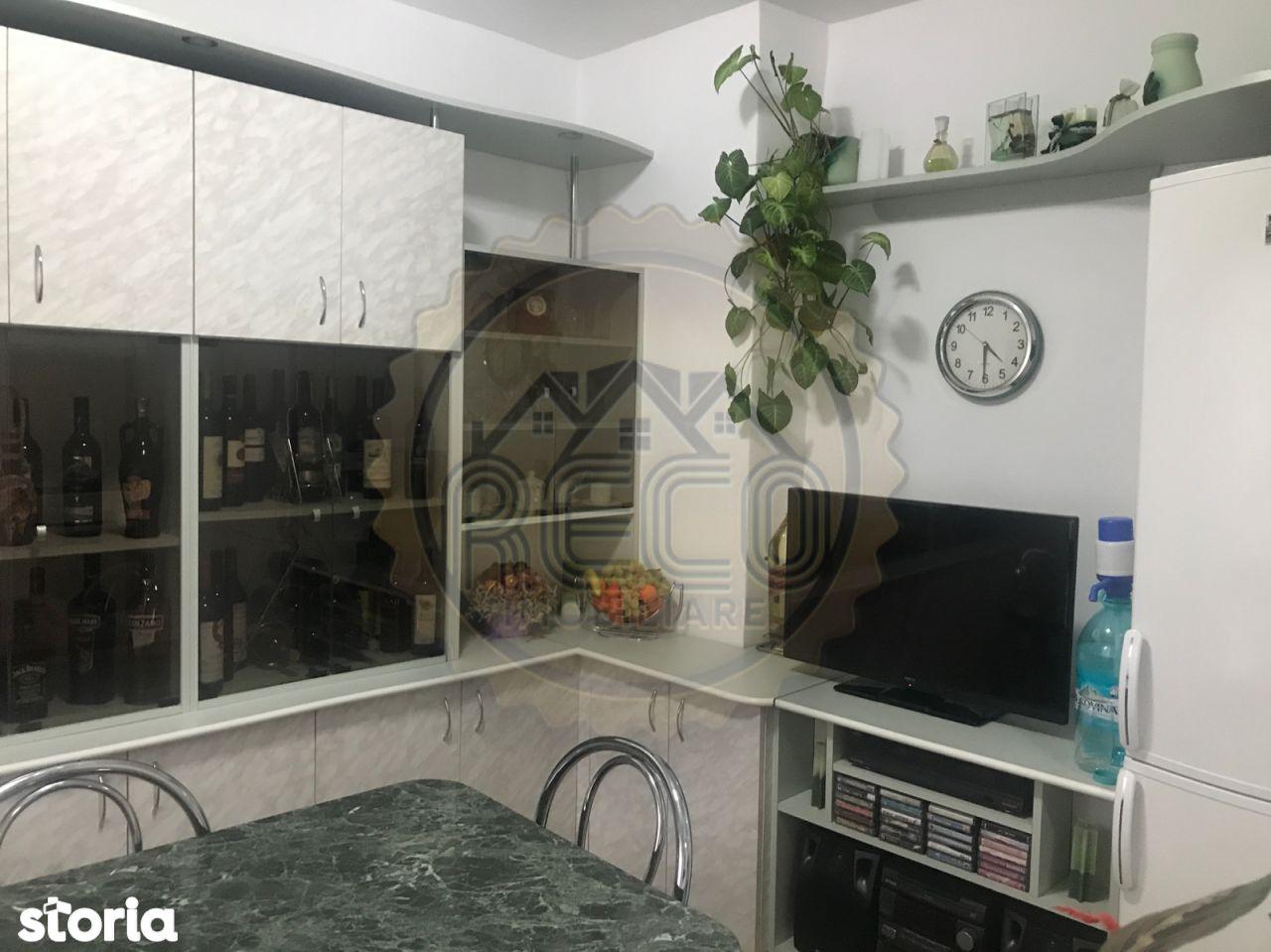 Apartament de vanzare, Bihor (judet), Orașul Nou - Foto 3