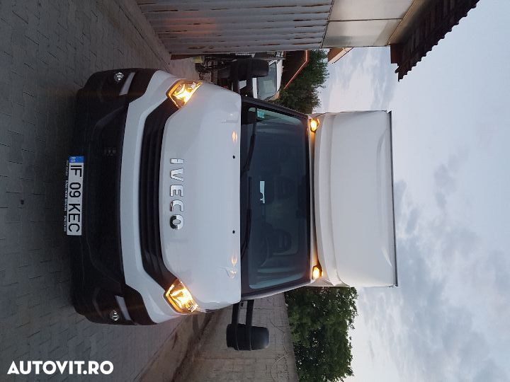 Iveco daily  cu lift - 1