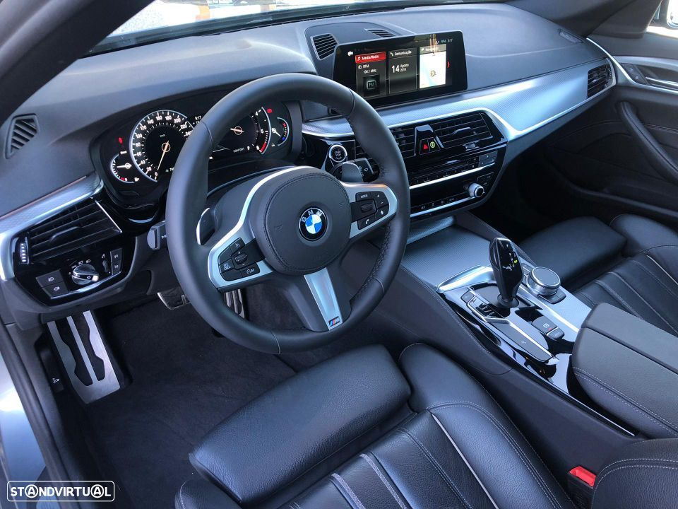 BMW 520 d Touring Pack M - 14