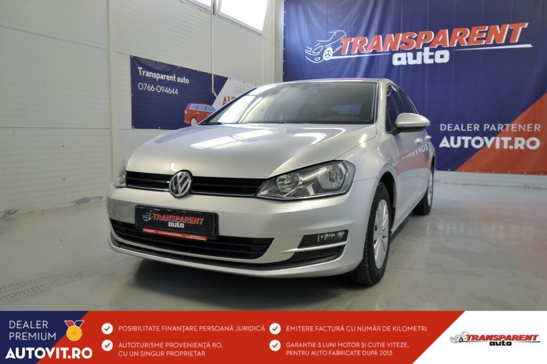 Volkswagen Golf - 1