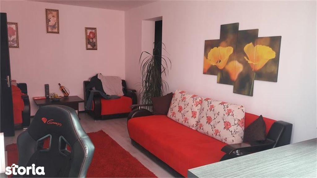 Apartament de vanzare, Argeș (judet), Strada Buna Vestire - Foto 2