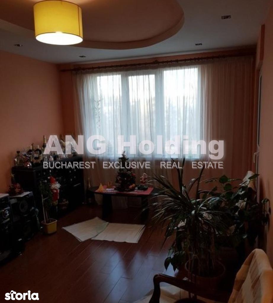 Apartament de vanzare, București (judet), Intrarea Odobești - Foto 1