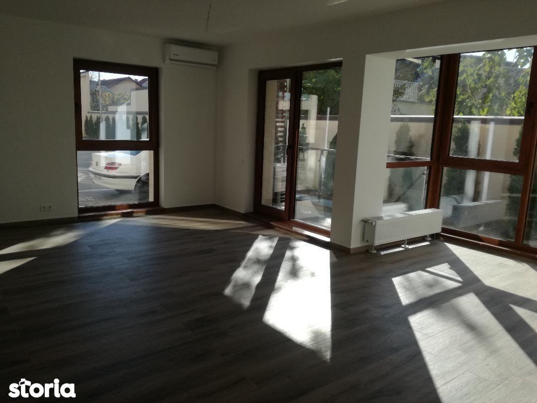 Apartament de vanzare, Prahova (judet), Mihai Bravu - Foto 1