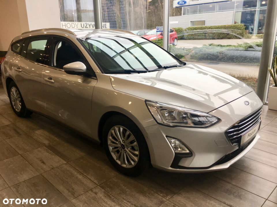 Ford Focus FORD Focus 1.0 EcoBoost 125 KM, A8 Titanium Business 5W - 1