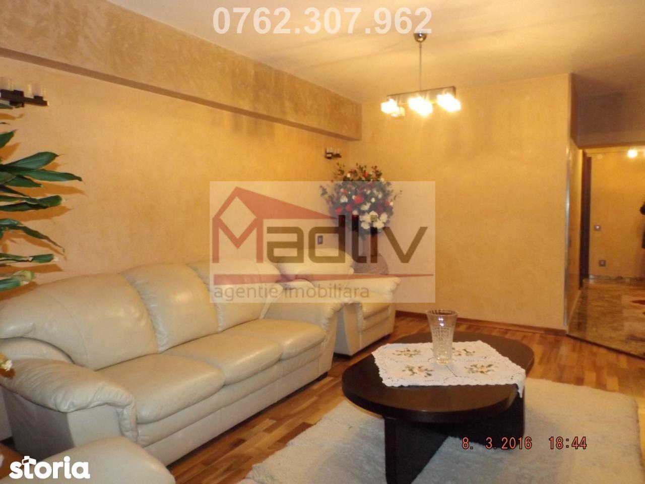 Apartament de inchiriat, Dolj (judet), Craiova - Foto 1