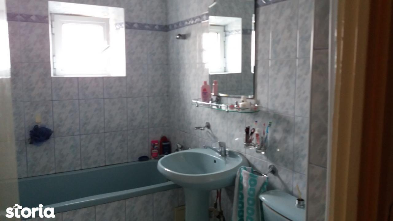 Apartament de inchiriat, Bacău (judet), Strada Narciselor - Foto 1
