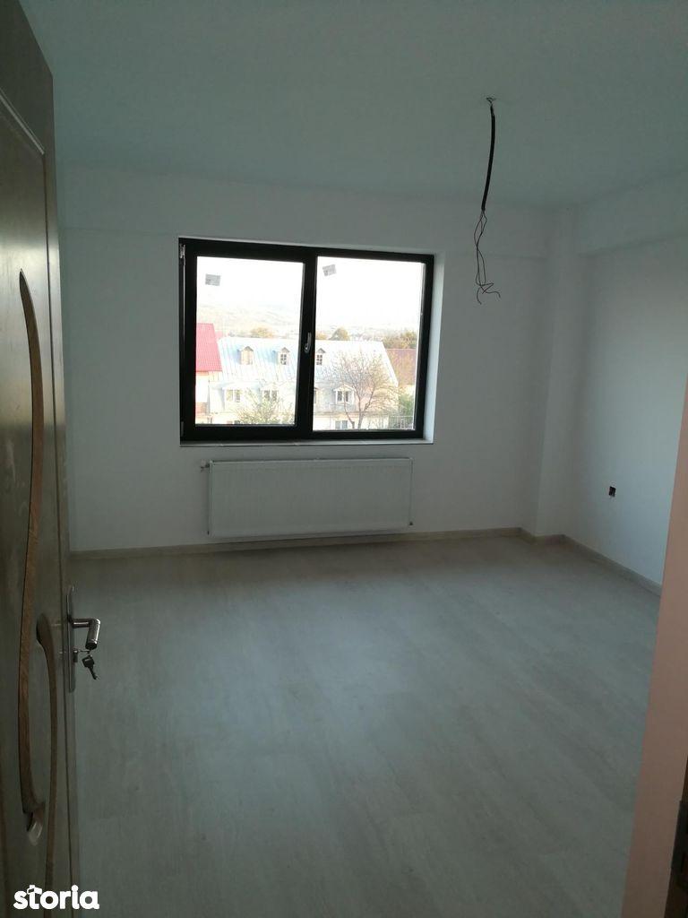 Apartament de vanzare, Iași (judet), Lunca Cetăţuii - Foto 2