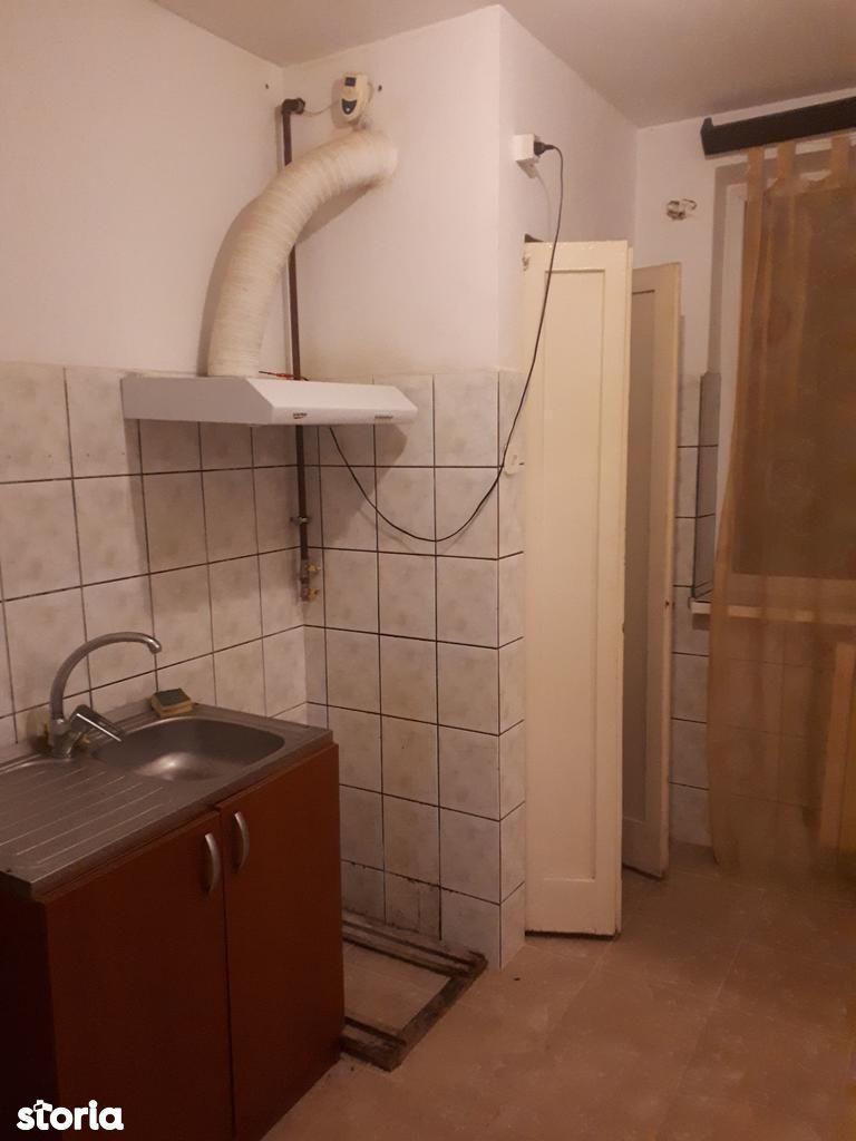 Apartament de vanzare, Constanța (judet), Stadion - Foto 2