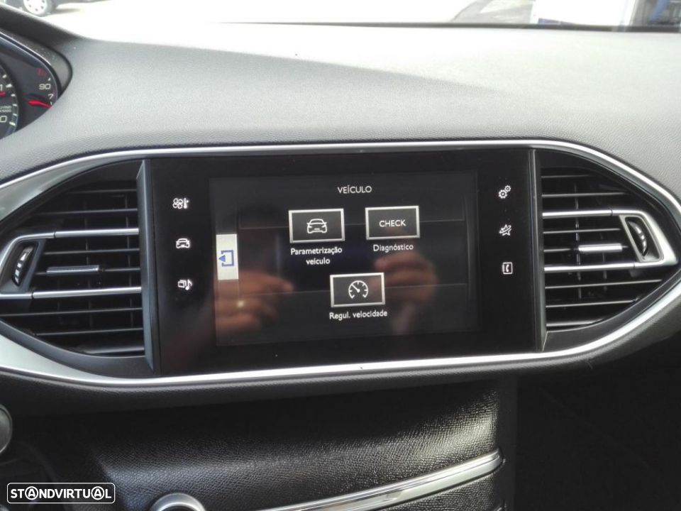Peugeot 308 SW 1.6 e-HDi Active - 13
