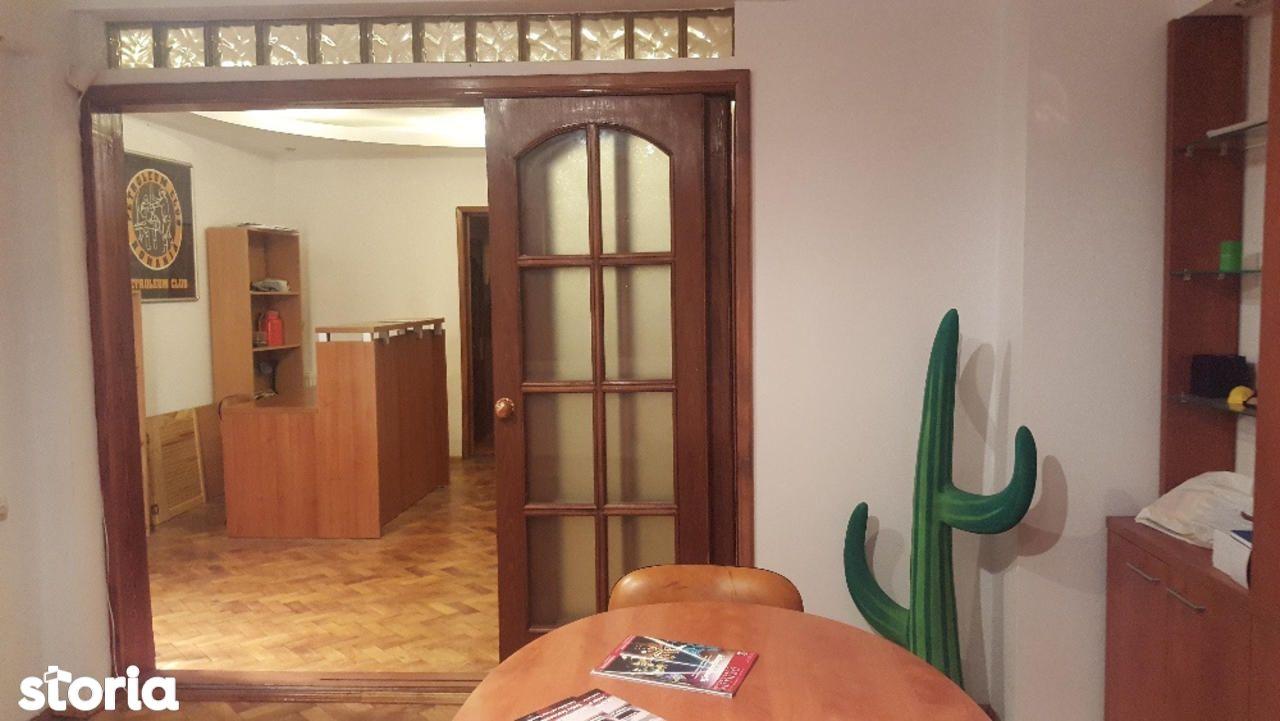 Apartament de vanzare, București (judet), Intrarea Precupeții Vechi - Foto 2