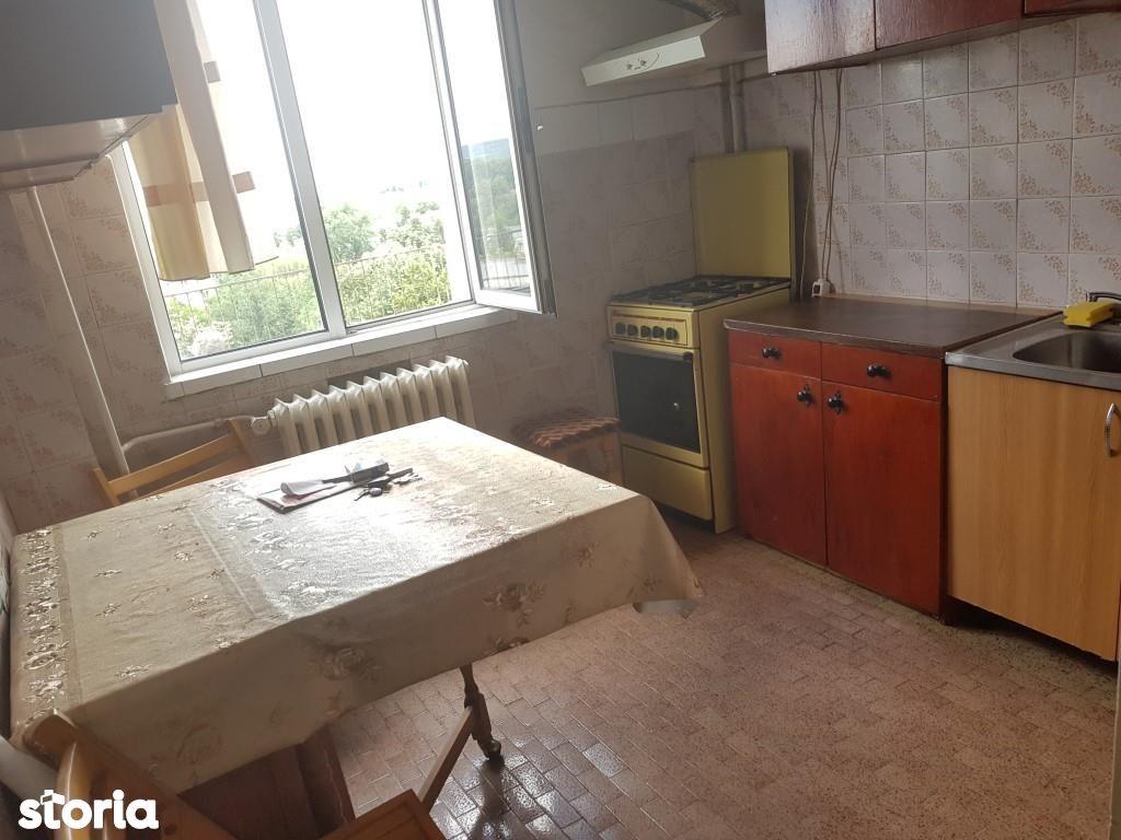 Apartament de vanzare, Argeș (judet), Strada Negru Vodă - Foto 4