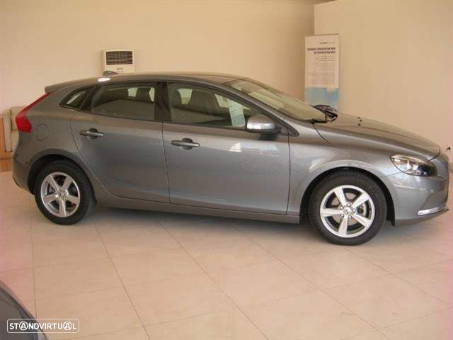 Volvo V40 2.0 D2 Kinetic Eco - 2