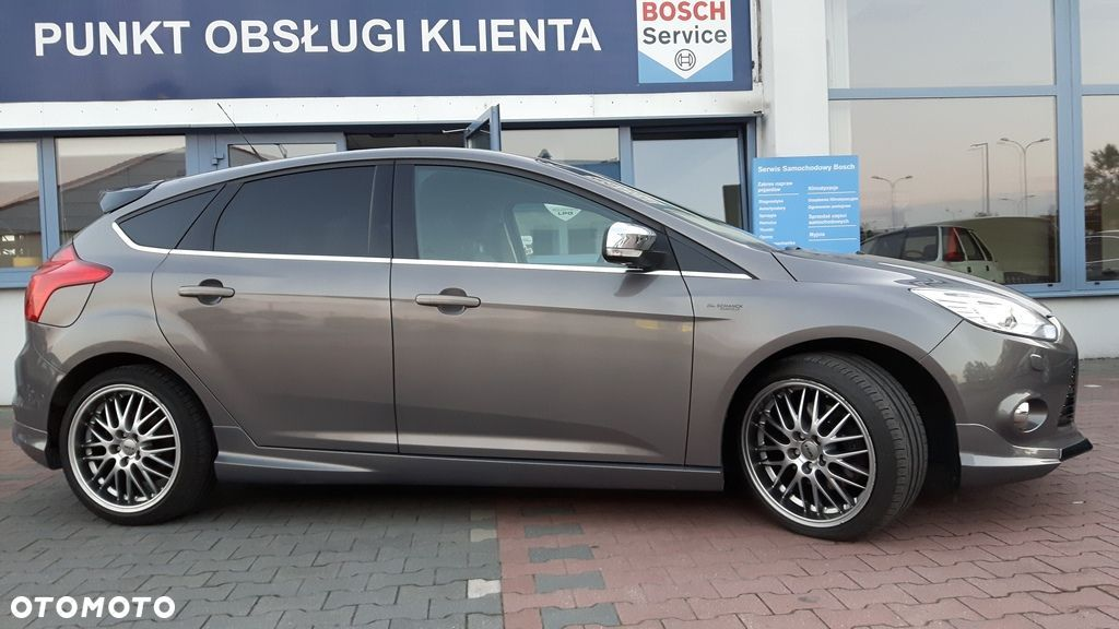 Ford Focus 1.6 benzynowy ( Eco Boost) 150 KM , wersja INDIVIDUAL - 14