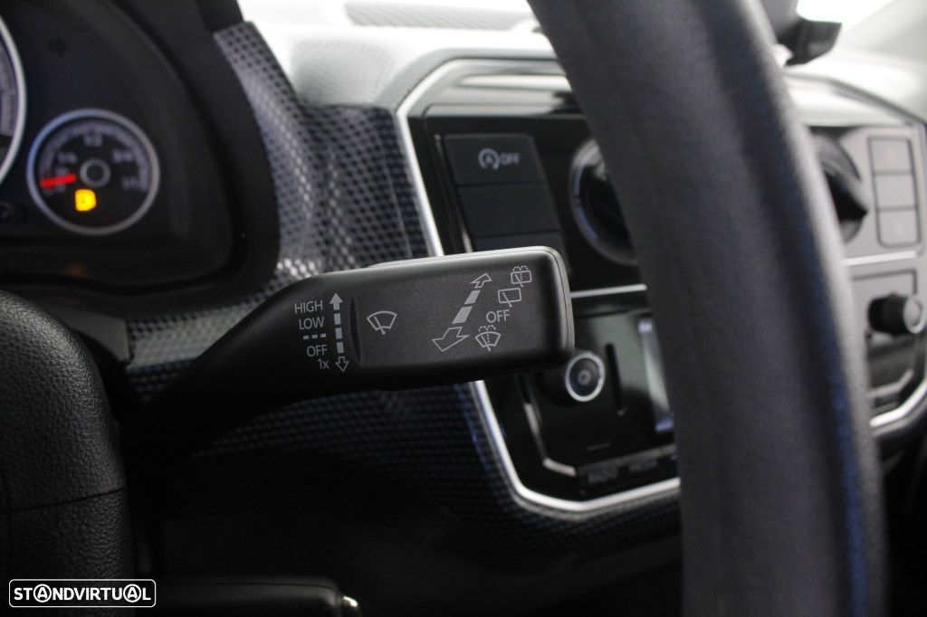 VW Up 1.0 Move Up! - 23