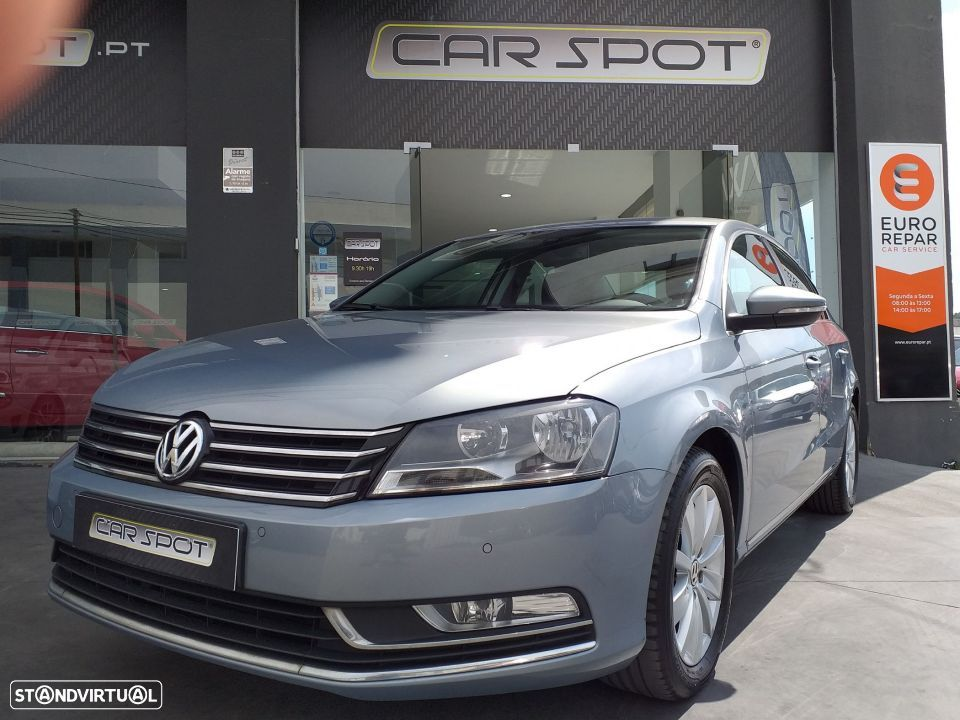 VW Passat 1.6 TDI Bluemotion - 1
