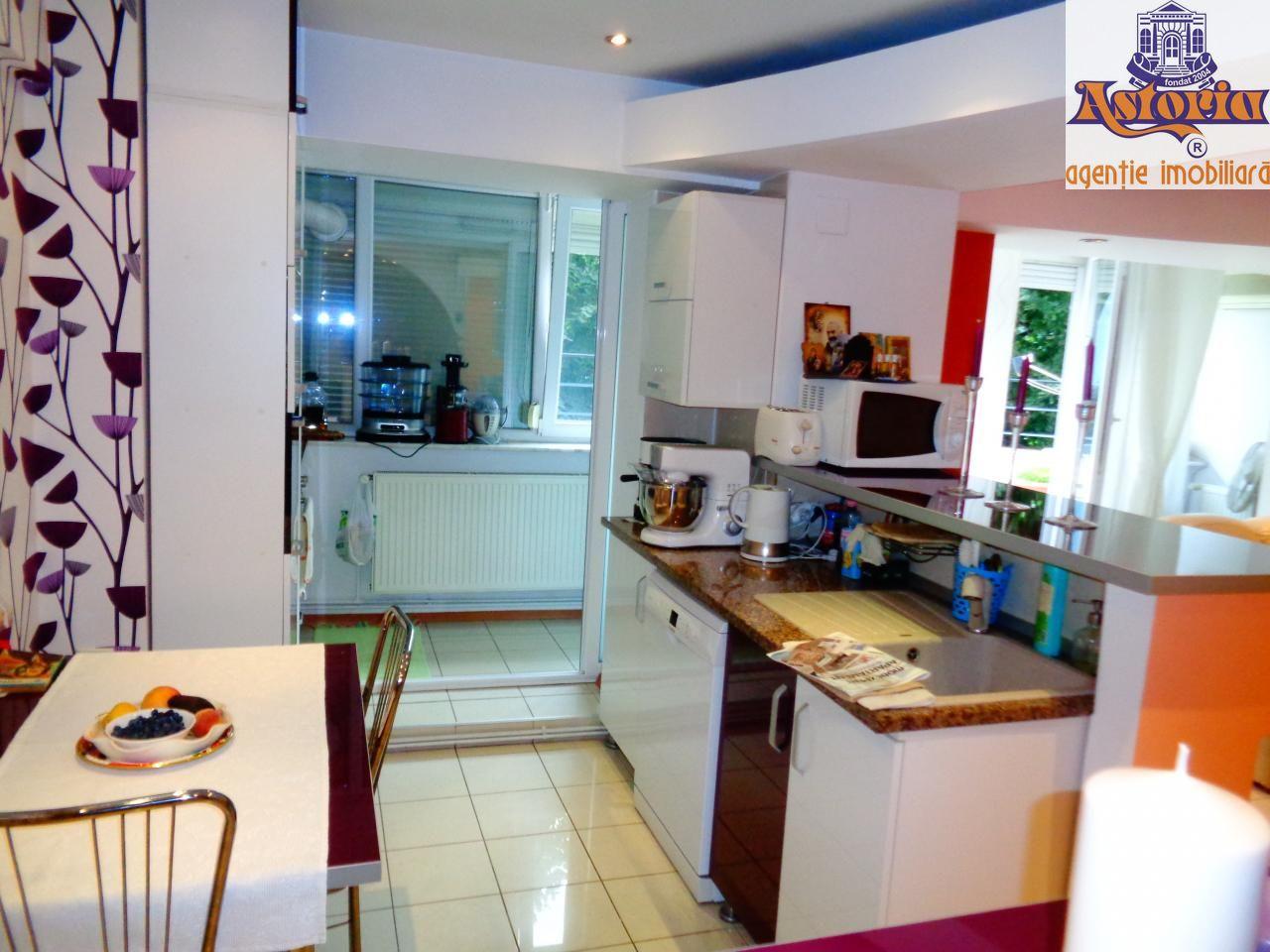 Apartament de vanzare, Pitesti, Arges, Banat - Foto 2
