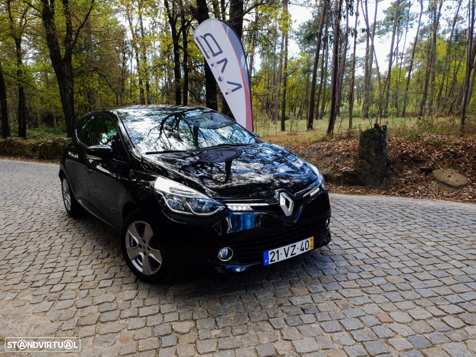 Renault Clio Limited edition - 10