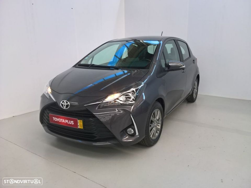 Toyota Yaris 1.4D 5P Comfort + Pack Style - 1