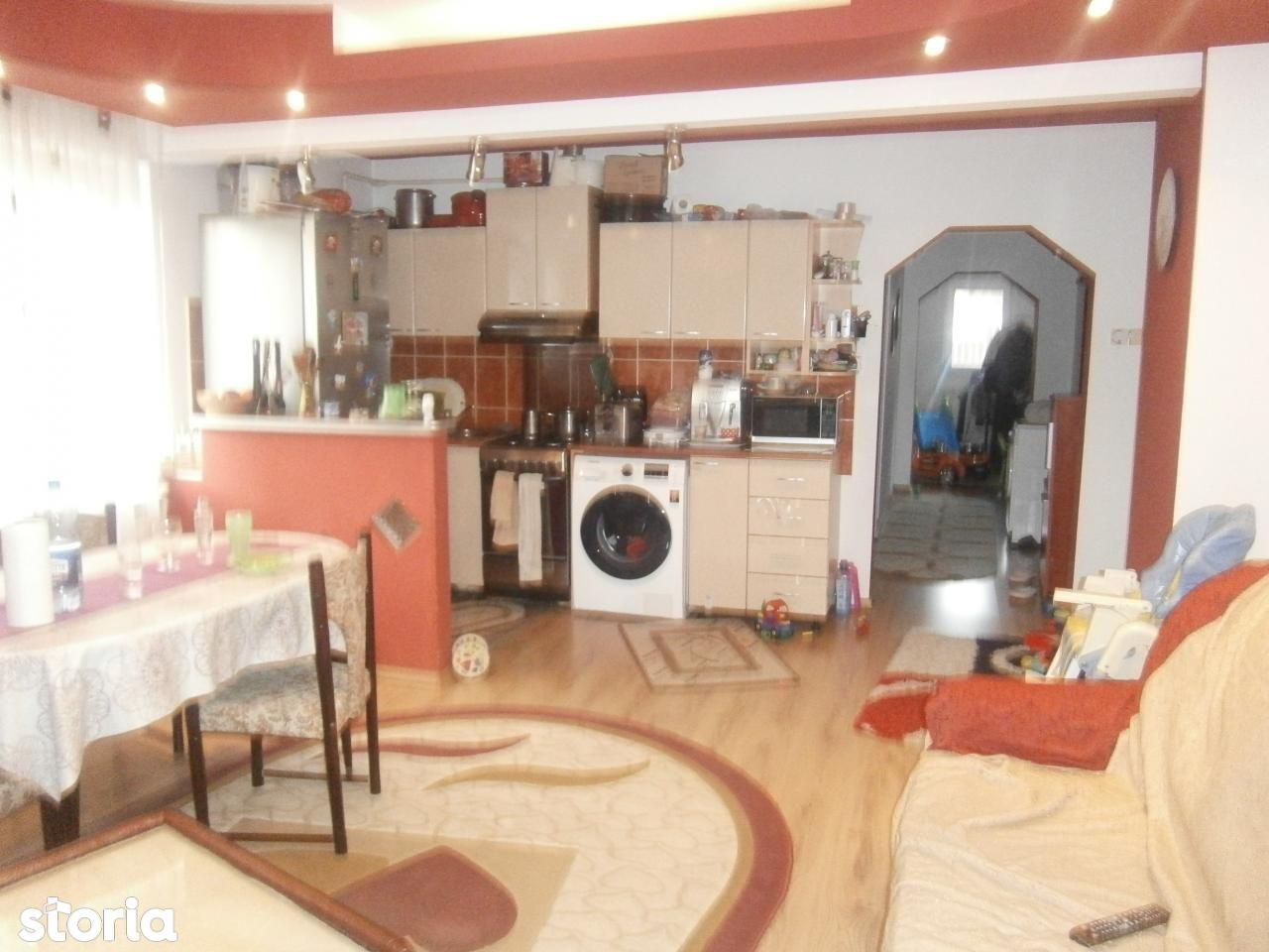 Casa de vanzare, Petrosani, Hunedoara - Foto 3