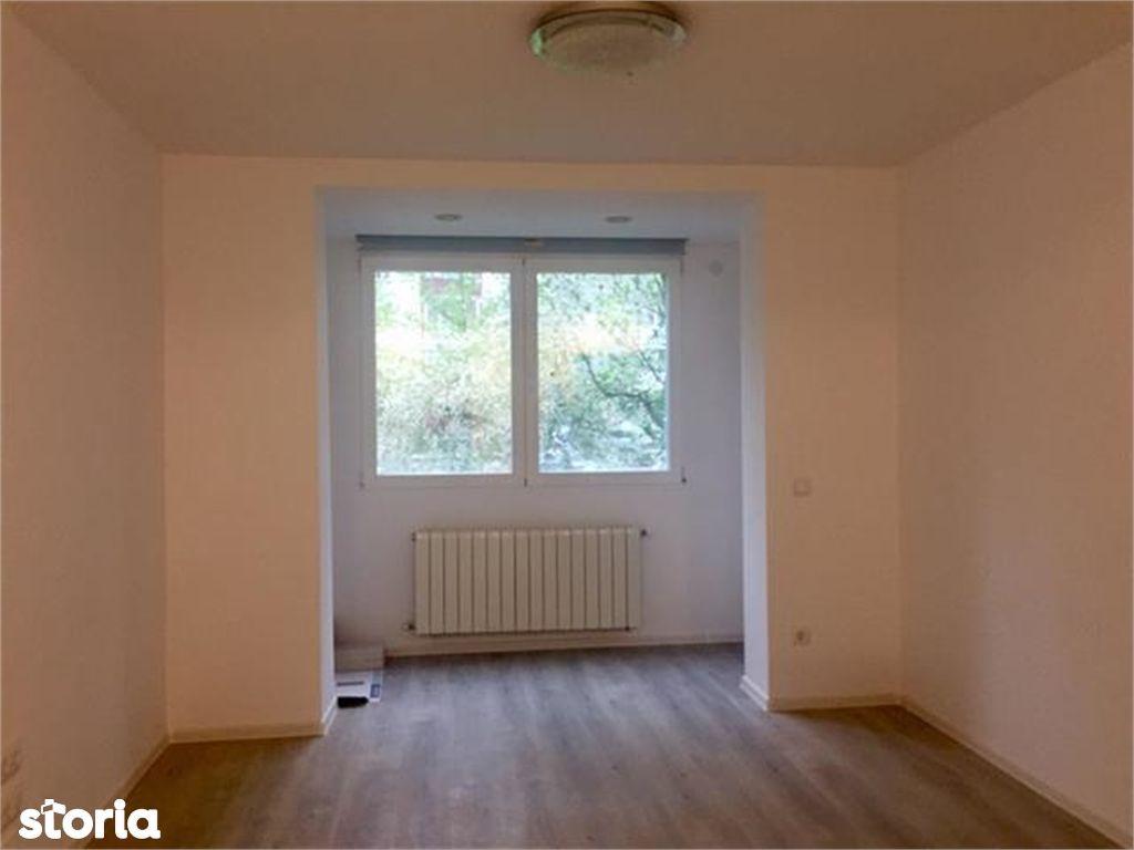 Apartament de vanzare, Argeș (judet), Calea București - Foto 3