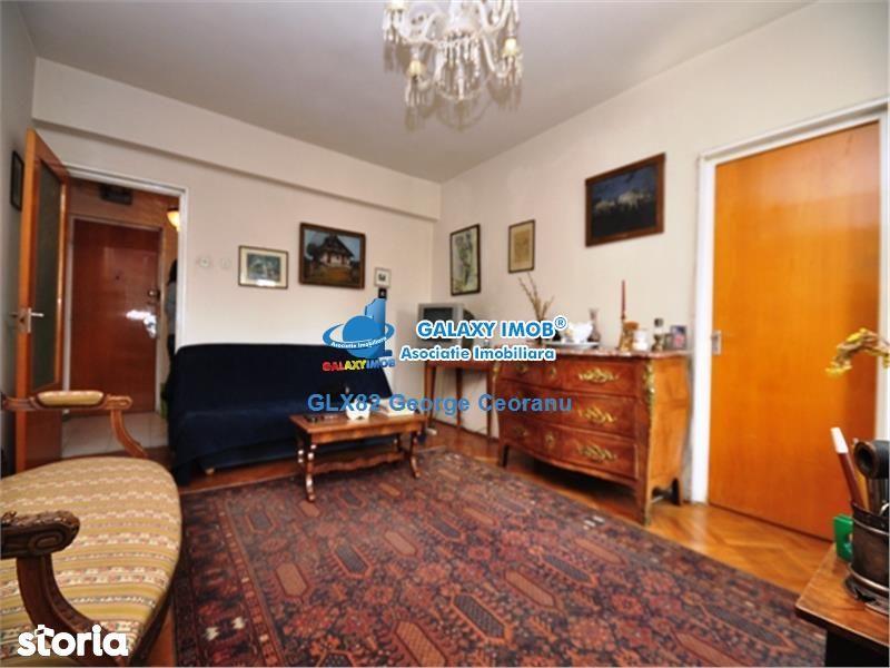 Apartament de vanzare, București (judet), Strada Scaune - Foto 2