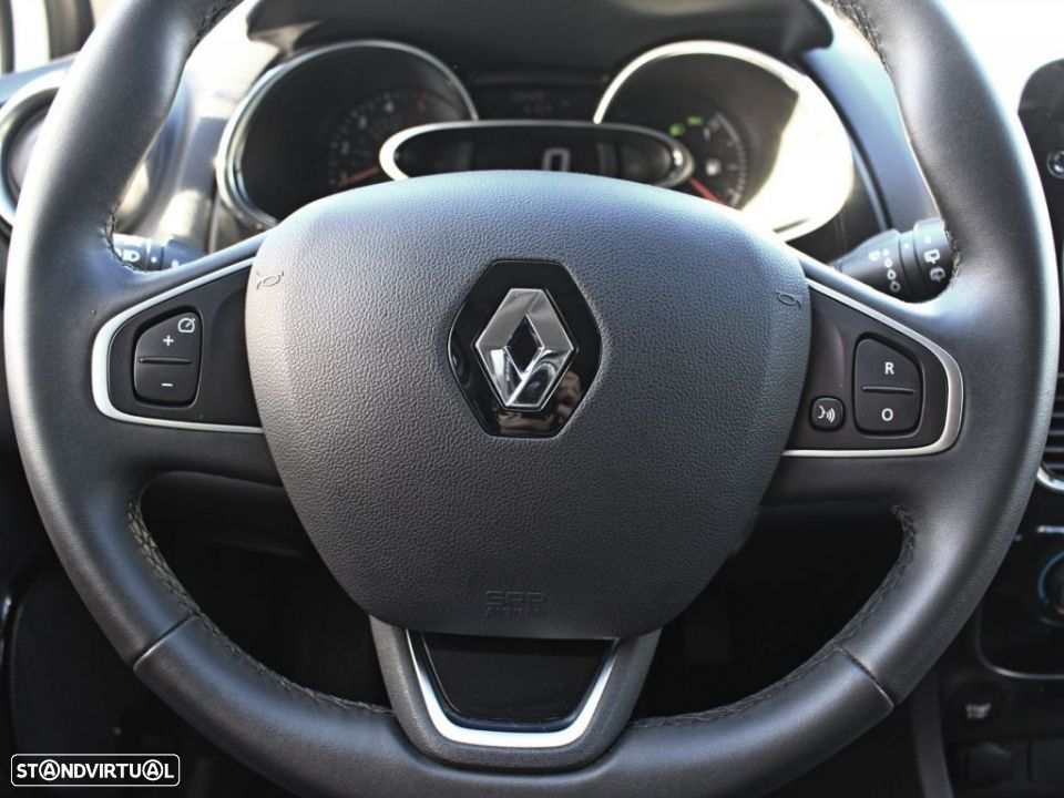 Renault Clio 1.5 dCi Energy 90cv S&S ECO2 Limited - 13