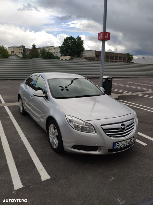 Opel Insignia COUNTRY - 2