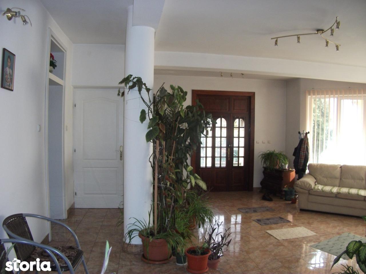 Casa de vanzare, Arad (judet), Pârneava - Foto 1