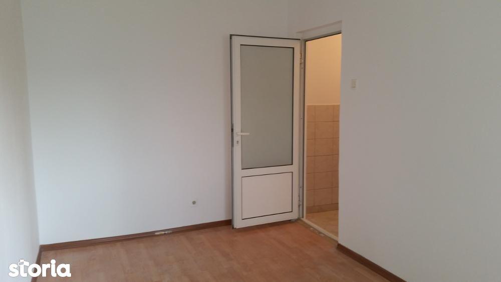 Apartament de vanzare, Galați (judet), Micro 40 - Foto 3