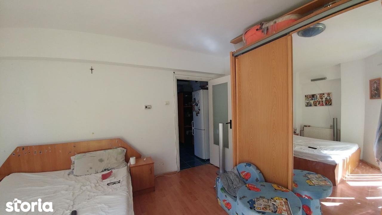 Apartament de vanzare, Maramureș (judet), Bulevardul Traian - Foto 4