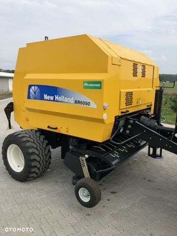 New Holland BR6090 - 1