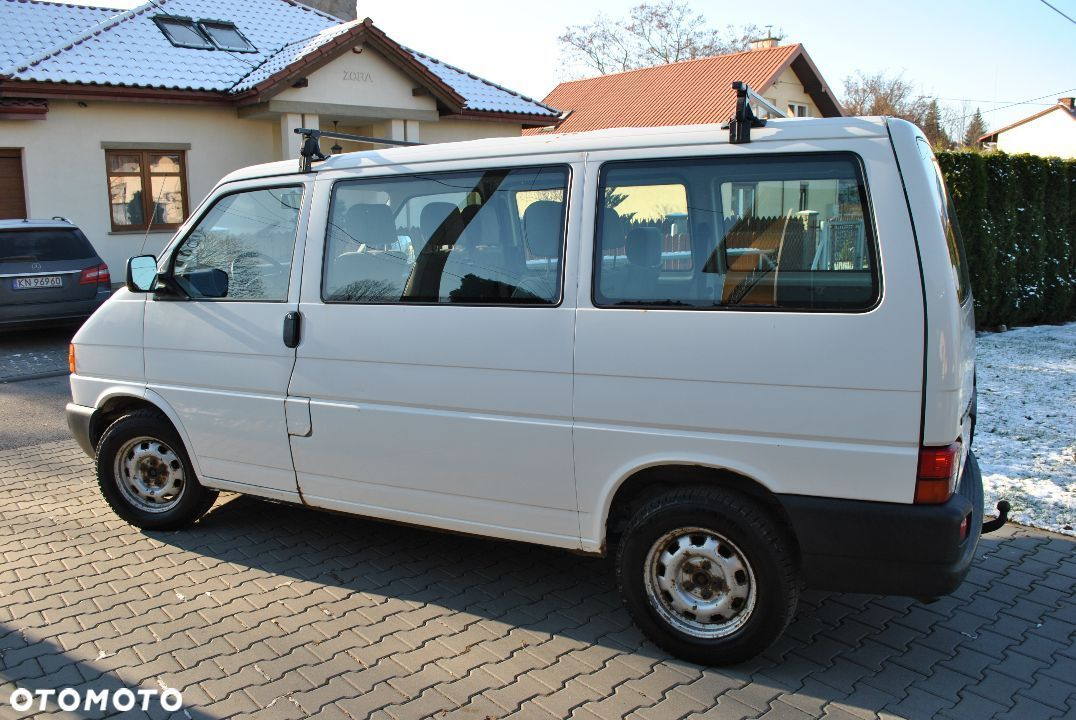 Volkswagen Transporter T4 2.5 TDI 9 osobowy - 6