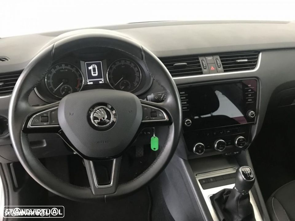 Skoda Octavia Break 1.6 TDi Ambition - 11