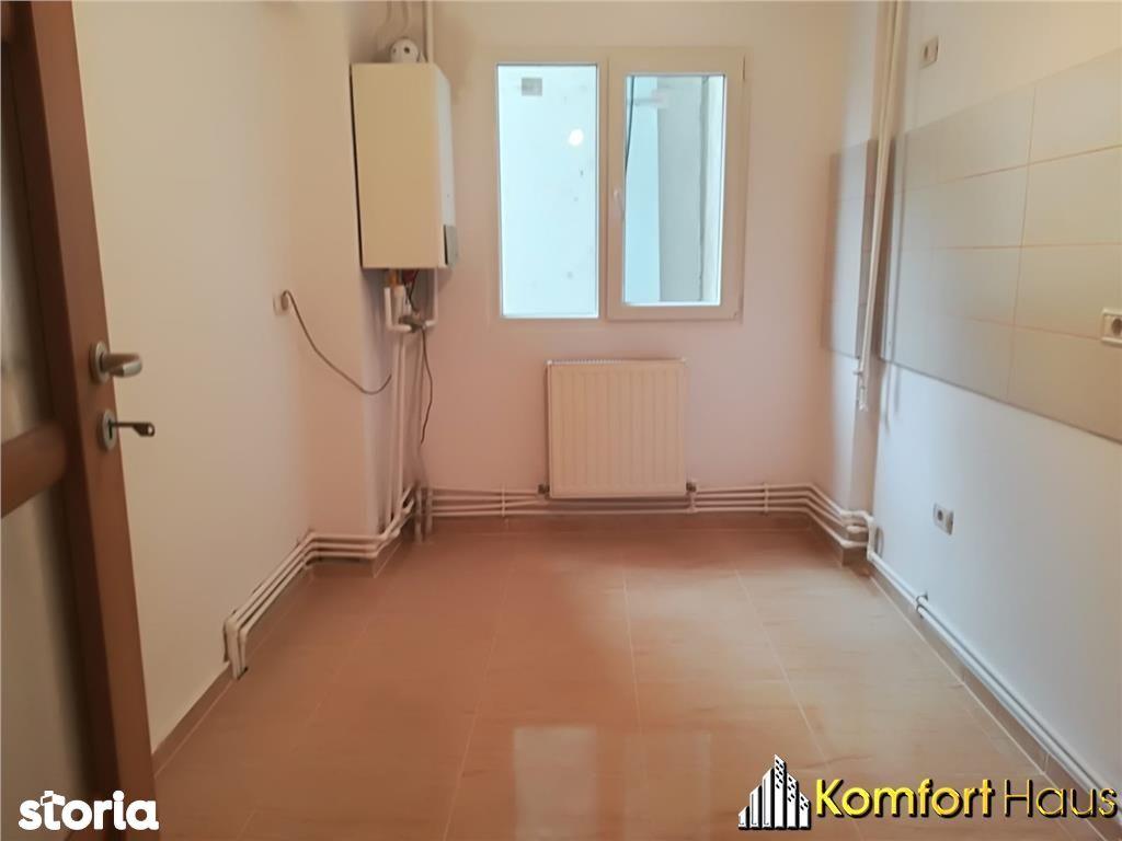 Apartament de vanzare, Bacău (judet), Strada 9 Mai - Foto 9